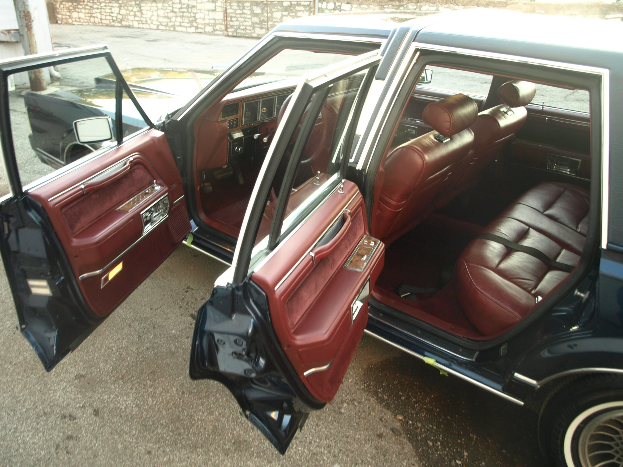 1988 lincoln town car precision car restoration. Black Bedroom Furniture Sets. Home Design Ideas